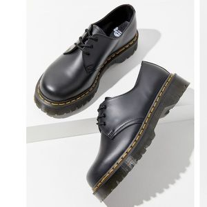 NWT Dr. Marten's 1461 Bed Oxfords